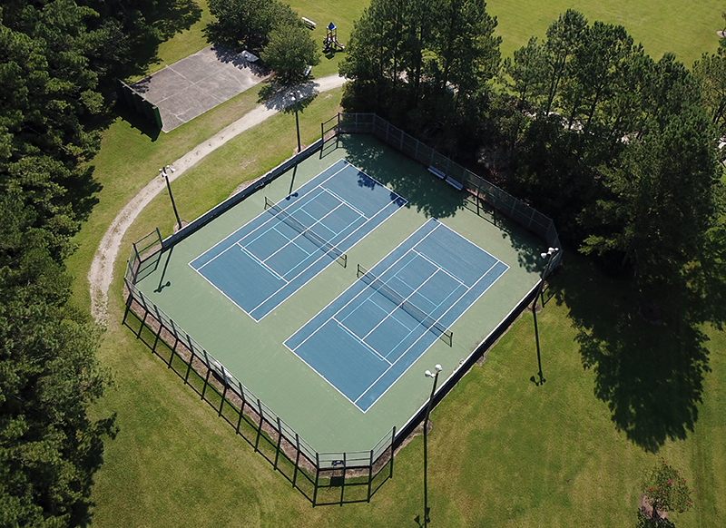 Pamlico Plantation tennis courts